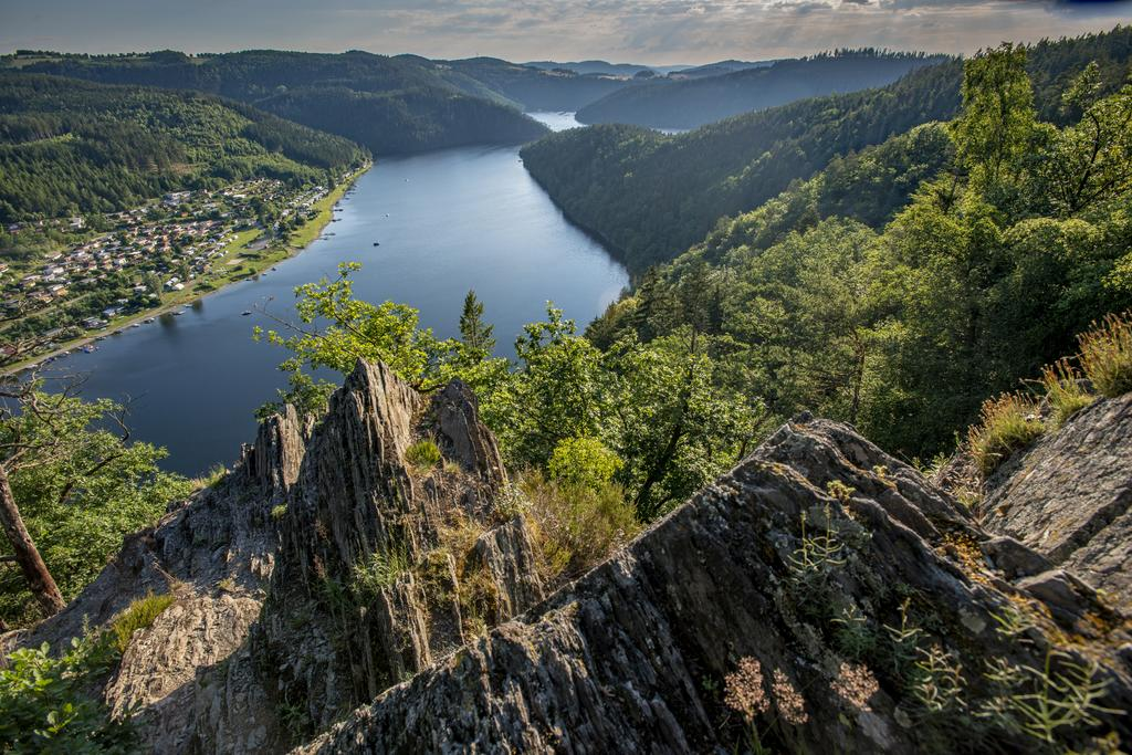 Blick auf Hohenwarte-Stausee (Foto: P. Hirth)